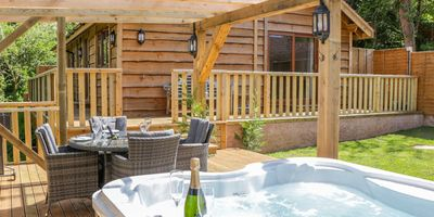 Shells Holiday Cottages for rent in Somerset with hot tubs