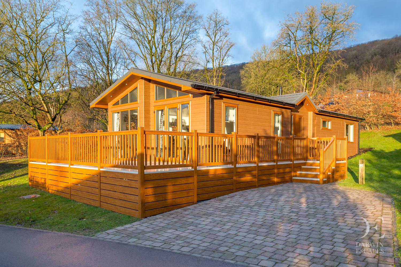 The Tamarack Lodge 2017 Cheddar Woods