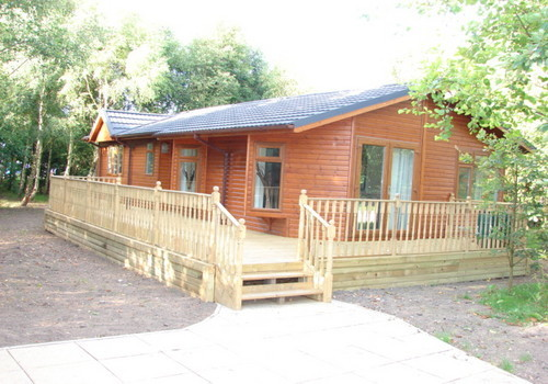 Cliffe country lodges holiday lodge park in north for Log cabins for sale north yorkshire