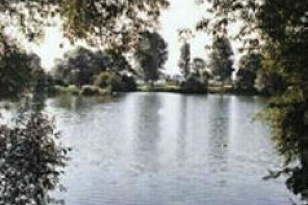 Picture of Elmhirst Lakes, Lincolnshire