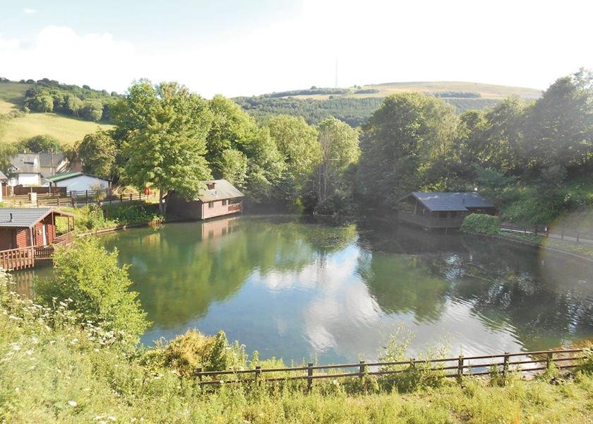 Herons Lake Retreat Holiday Lodge Park In Flintshire