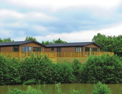 Kingswood Golf Lodges Setting