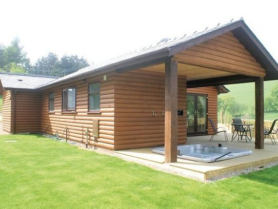 Lower Fishpools Lodges 1