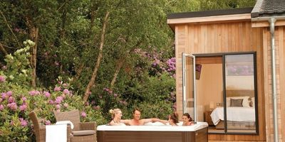 north lakes lodges at Brayton Park Estate 1