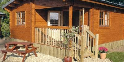 Oat Hill Farm Lodges 1