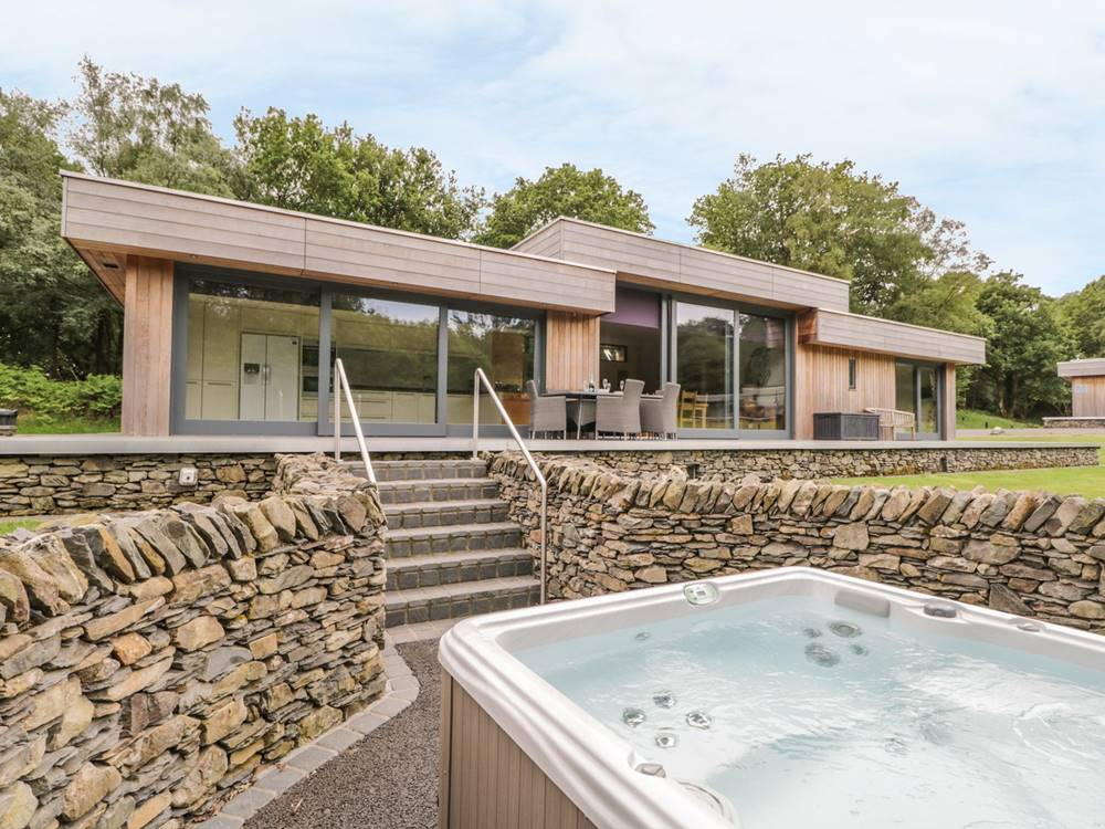 Otter Tarn 5 star Lakeland Retreats - Holiday Lodge Park in