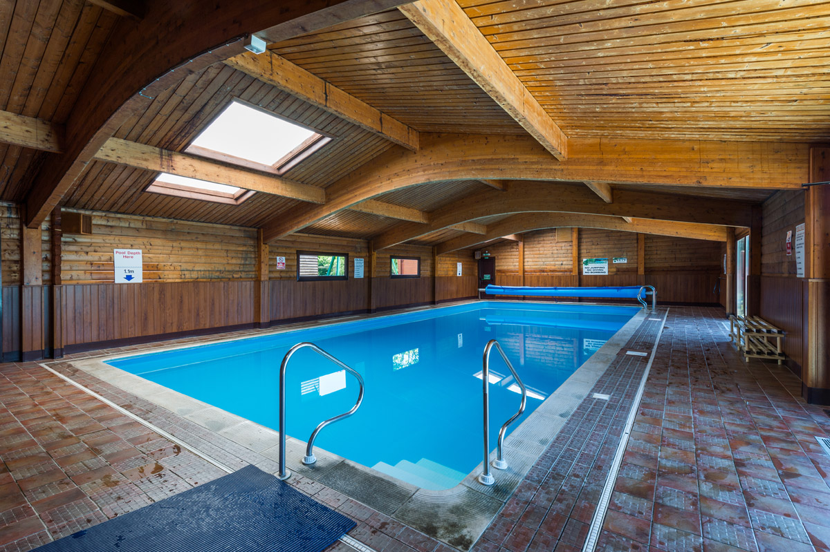 Pinewood holiday lodges holiday lodge park in dorset - Holiday homes with indoor swimming pool ...
