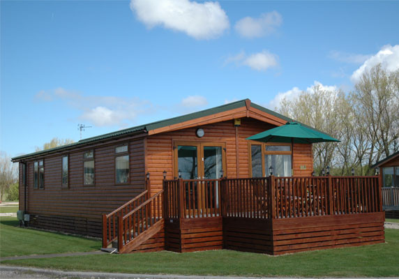 Poulton plaiz holiday park holiday lodge park in for Log cabins for sale north yorkshire