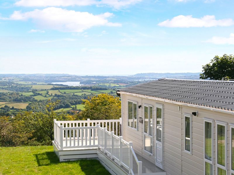 Tamar View Holiday Lodge