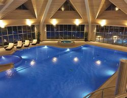 Kenwick Woods Lodges Indoor Pool