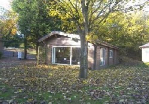 Westholme estate lodges holiday lodge park in north for Log cabins for sale north yorkshire