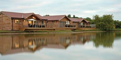 Willow Lakes Lodges 7