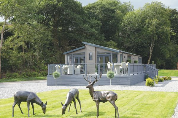 Sanctuary Lodges Loch Ness