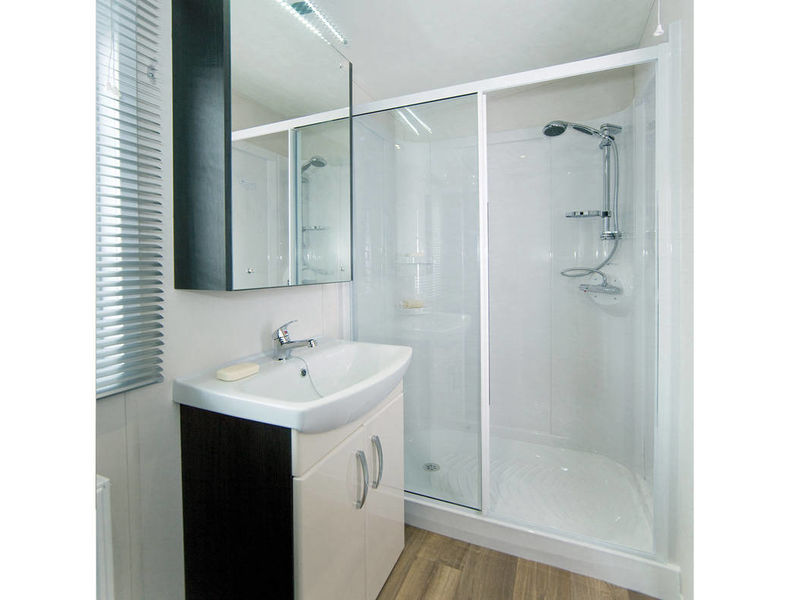 Tortworth shower