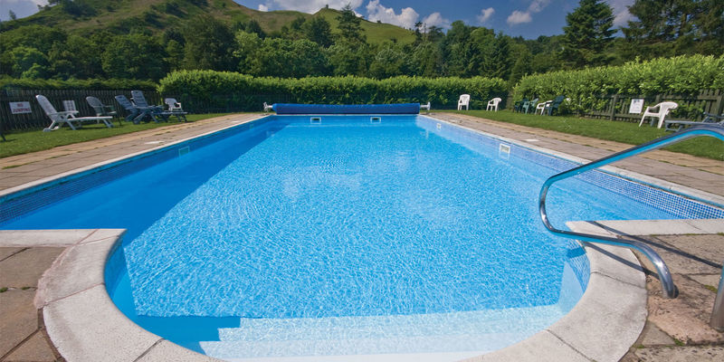 Twin Rivers outdoor swmming pool